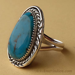 Navajo Indian sterling silver and dark blue turquoise Southwestern ring