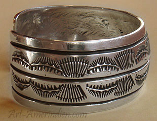 American Indian Native jewelry, this Navajo bracelet is hallmarked JL by a Navajo silversmith